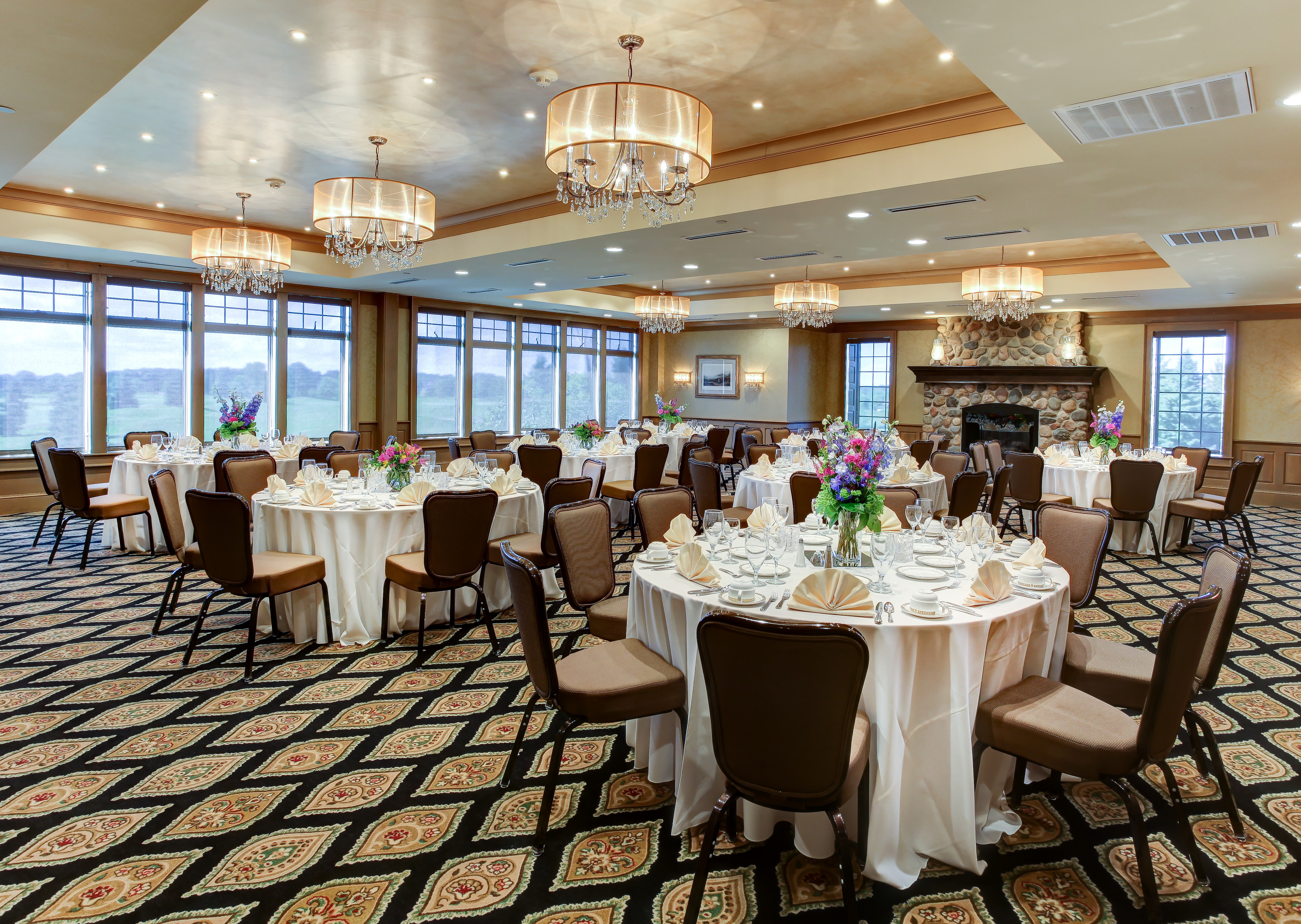 Share My Space At Rush Creek Golf Club With Condition: Reception Hall,  Maple Grove