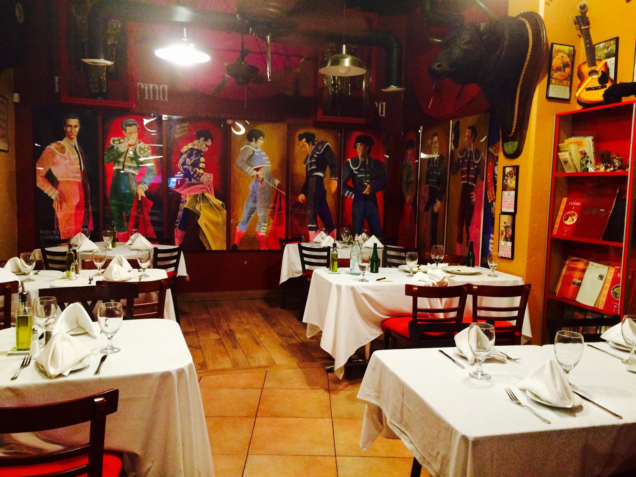 Share My Space At Jamon Iberico Pata Negra Restaurant With Condition:  Restaurant, Miami,