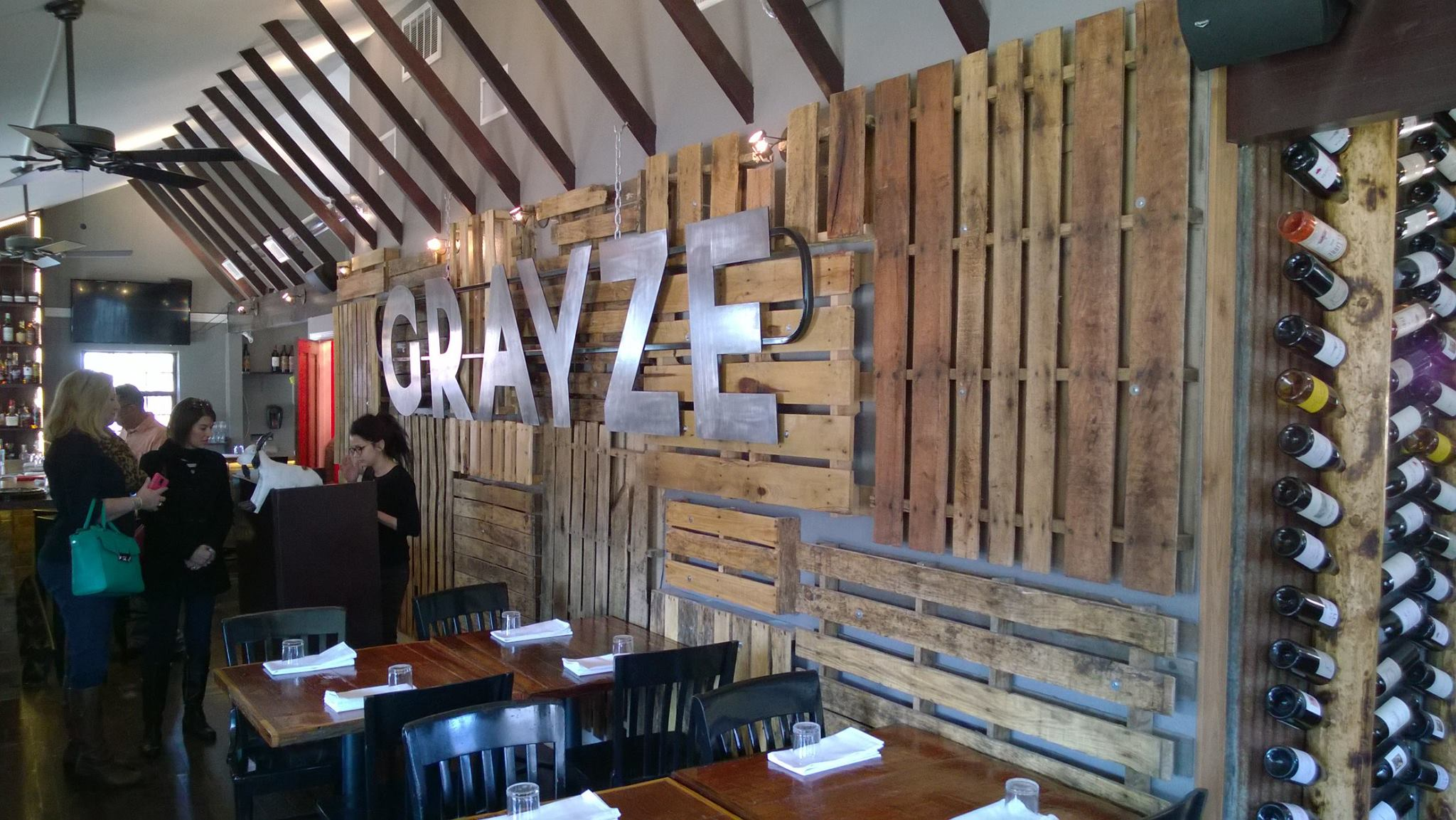Share My Space At Grayze With Condition: Restaurant, San Antonio, Bridal  Shower,